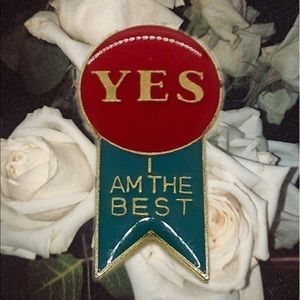 VTG Yes I Am The Best Pin